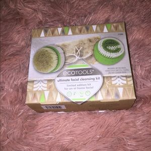 •Eco Ultimate Facial Cleansing Kit•
